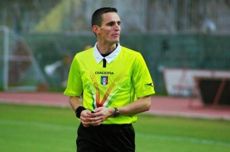 L'arbitro Daniele Minelli
