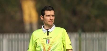 L'arbitro Davide Ghersini di Genova, già incontrato a Siena in questa stagione.