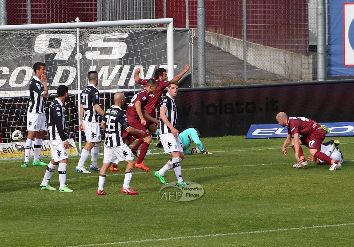 Il gol vittoria di Coralli al 30' della ripresa.