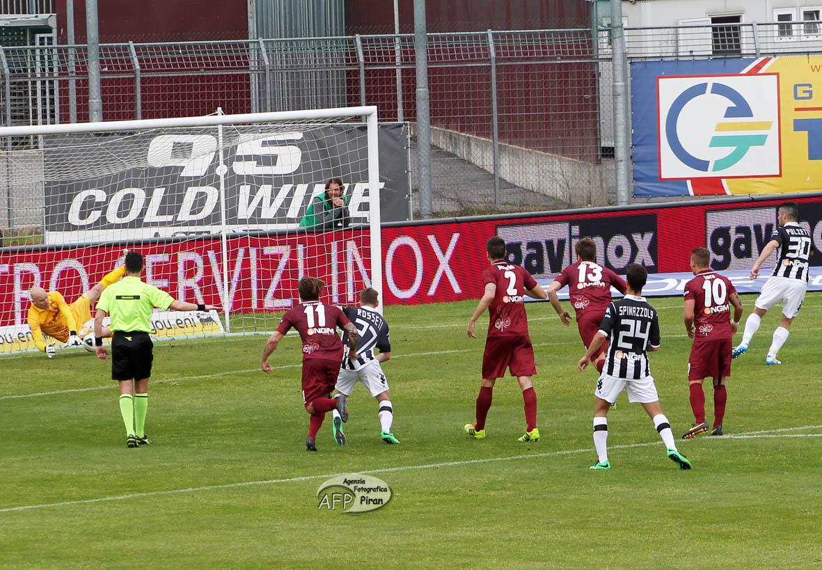 La grande parata in occasione del rigore contro il Siena. Nella scorsa stagione 3 presenze condite da splendide prestazioni.