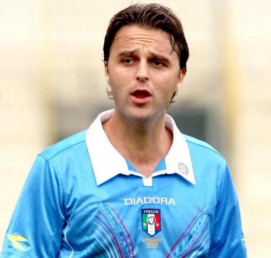 L'arbitro Vincenzo Ripa, promosso in Serie B quest'estate.
